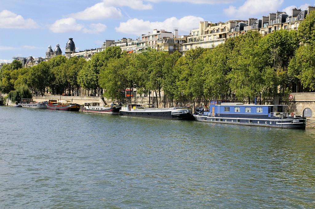 paris-bateaux-mouches09