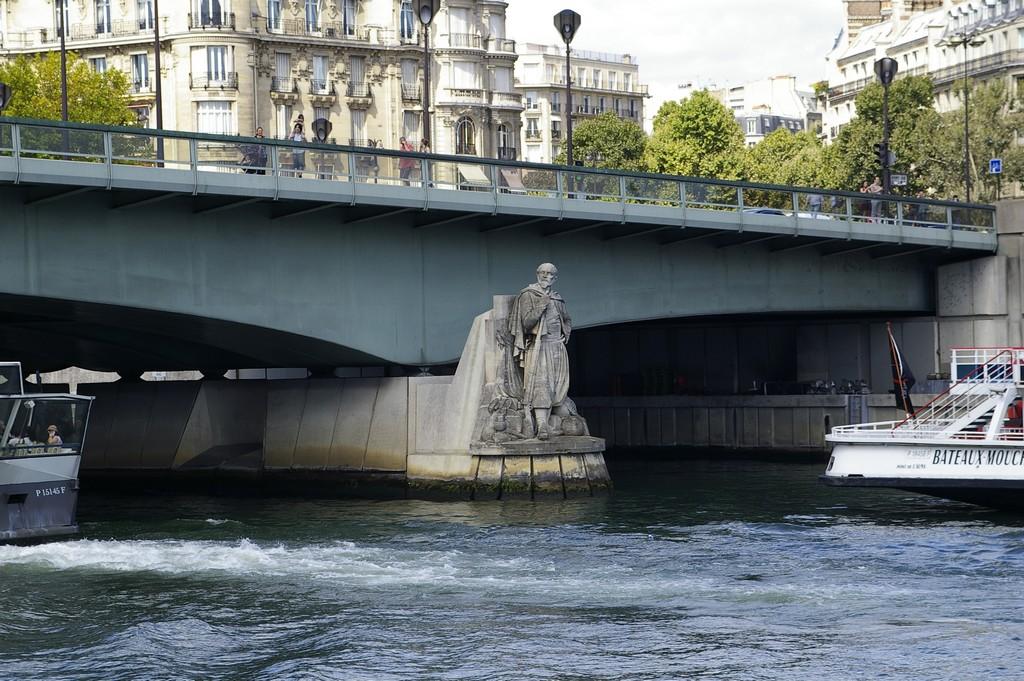 paris-bateaux-mouches11