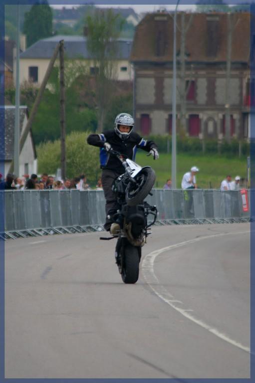stunt02
