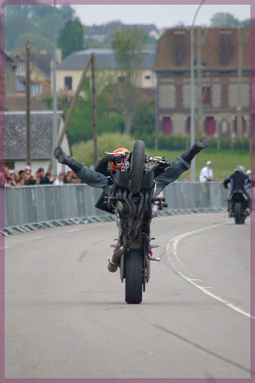 stunt03