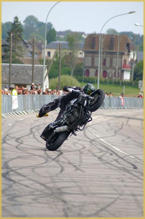 stunt26