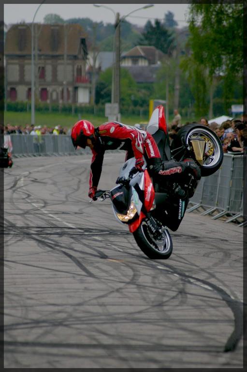 stunt37